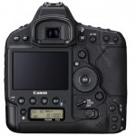 Canon EOS-1D X Mark II vs. Nikon D5 Specs comparison, what's the difference?